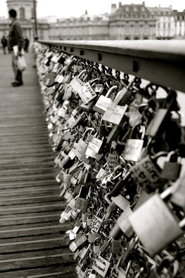 Locks of Love -Pont des Arts