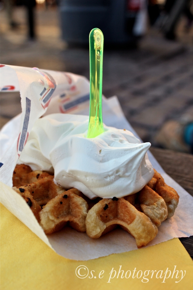 Soft Serve Vanilla á la Waffle