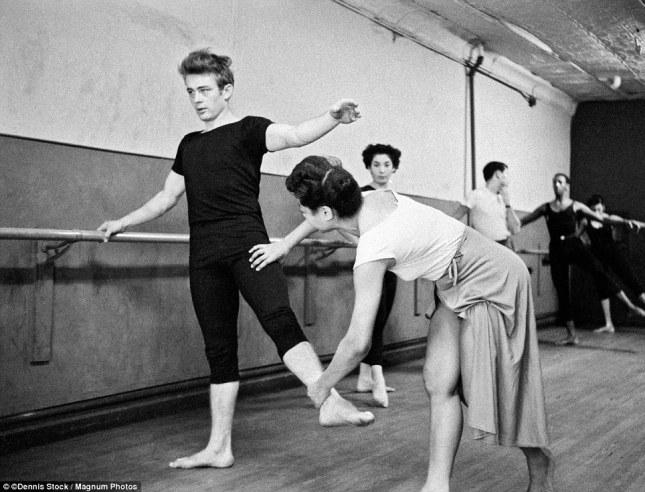 James Dean at the Barre. NYC, 1955. (google.com)