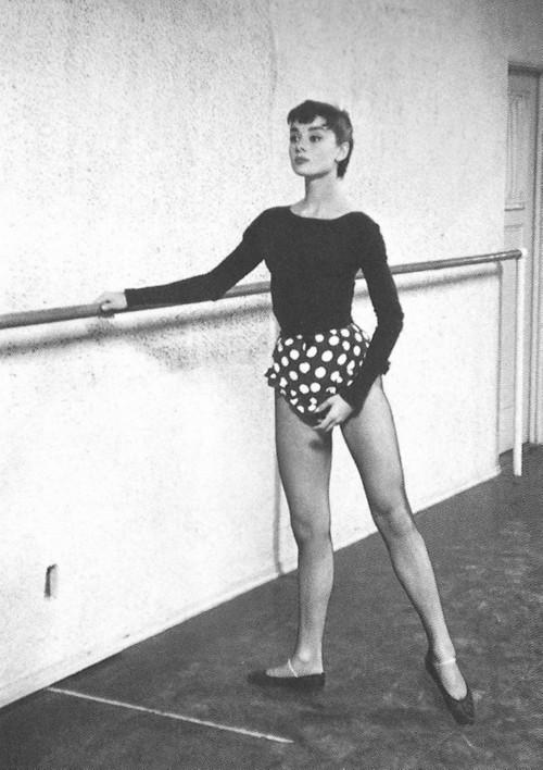 Audrey Hepburn, keeping it classy in Polka Dots (google.com)